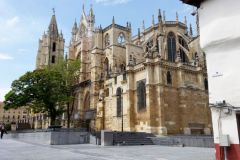 2.-Leon-Cathedral-2