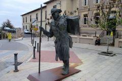 19.-Pilgrim-statue-Astorga