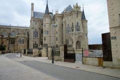 22.-Palacio-de-Gaudi
