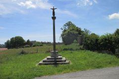 13.-Cross-near-Iglesia-de-San-Xulian