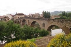 2. puente romanico de puente la reina (1)